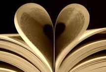 Books/Livros / by Andrea Tardin