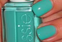 Nails / by Kristina Mantenuto