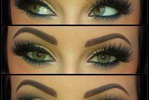Makeup / by Jazmin Valdez