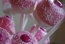 CAKE POPS / photos of little sweetness called cake pops / by Maria Carrillo