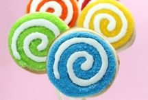 Desserts (cookies,pies,cakes,etc) / by Sarah Manicki