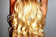 Hair / hair, braids, hairstyle, hair color, hair dye, long, blonde, wavy, fashion, trend / by Tessa