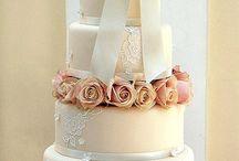 Cakes: Beautiful wedding birthday etc / by Teri Townsend