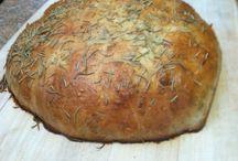 breads / by GeorgetteN