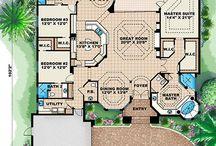 Floor plans / by Regina Combs