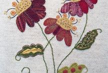 Felty Fantasticals- Flowers / by *** Briali ***