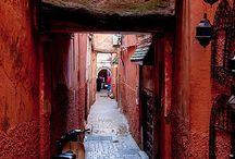 TRAVEL: QUO VADIS  ???????????? / Dónde vas ?? .... Dónde va la gente ?? ..... Por calles, senderos, puentes,  coloridos y mágicos.... . / by Maura Igartua