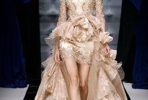 Pretty Dresses / by Melissa Hinnant Rogers