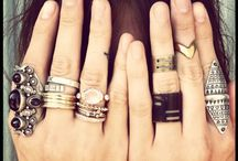 put a ring on it / I love to find new jewelery to add to my collection and i lovefinding new ways to make it too:) / by Anna Smith