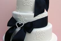 Cakes / by Lynne Edington