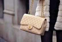 Bags / by Anna Zhu