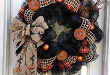Wreaths / by Beth Srednicki
