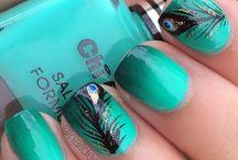 Nails / by Vir MeSan