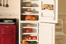 Kitchen appliances / by Dolls House Emporium