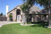Texas Homes / by Courtney Abud