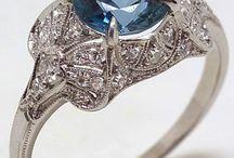 Jewelry / by Marilyn Suchan