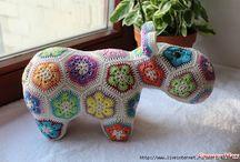 Doudous Crochet / by Nelly Richardeau