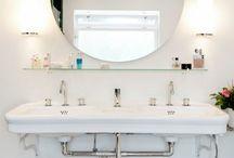 Bathroom / by Arlen Aguilar