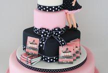 cakes / by Moni Rokach