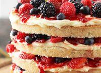 Cakes & Pies / by Sarah Borich