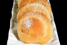 La crosta di pane / by Sabrina Tornincasa