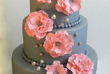 Cakes / by Kelsey Wakelin