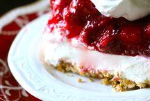 Mmmm Dessert! / by Priscilla Villa