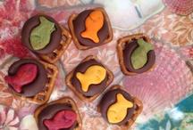 Sunday School Snacks / by Roger'n'Cheryl Ellis