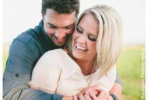 Engagement Photo Ideas / by Kat Tari