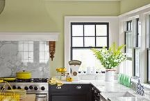 Kitchen / by Casey Scabarozi