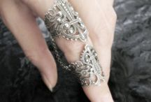 Rings and things / by Suzette Perez