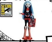 Monster High Dolls / by Curicon