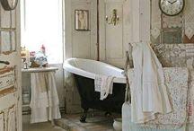la bath / by juNxtaposition