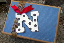 Gift wrapping ideas / by Pierinne Rey