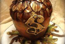 acorn cakes / by Joan Mclain
