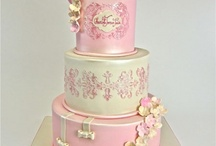 Holly cakes / by Candy Buffet