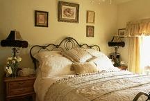 Bedroom Inspirations / by Deneen Azzolino