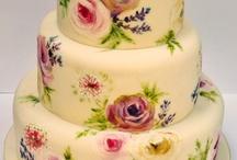 Cakes / Cakes / by Gabriela Alvarado Urrea