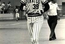 Baseball / I <3 all New York Yankees / by Jodie Bodine