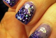 Pretty Nails / by Amber Estill