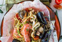 Traveling Food / by Isabel Armesto Espinosa