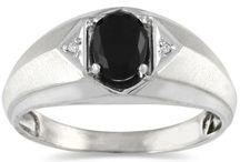 Onyx (Men's) / An elegant gem, resemblant of the night sky.  / by Szul Jewelry