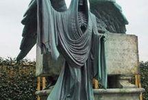 Gravestones & Cemeteries I Find Interesting / by Michelle Roberts