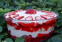 Desserts / by Brandi Hendrix Smith
