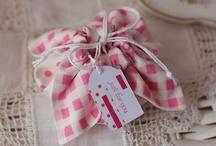 Sewing / by Annelise Kromann