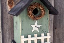 BIRDHOUSES / by Julie Corl