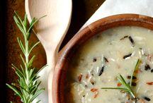 Recipes Soup / by Tammy Kulcsar