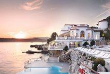 Hotels, Resorts & Villas around the World / by Fernanda D'Aquino