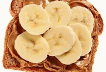 Pre/ Post Workout Foods / Healthy Eats / by Elizabeth Burdine