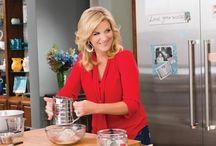 Celebrity Chefs - Trisha Yearwood / by Marietta Schwalbe